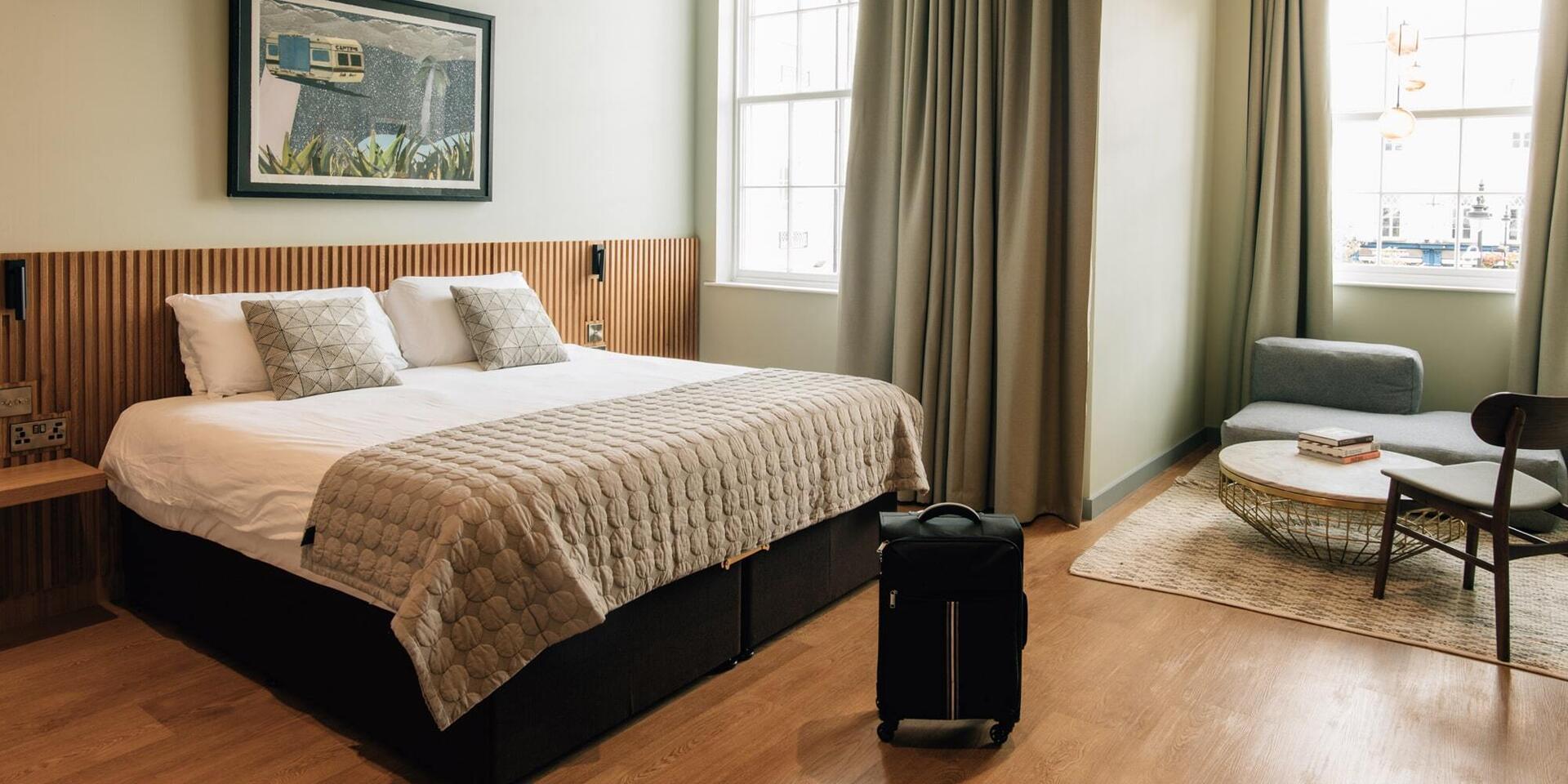 Roomy (Sleeps 2-4)